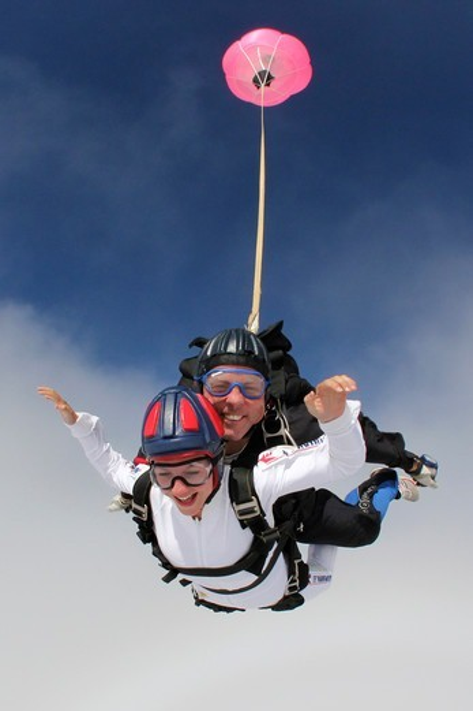 Stock Photo: 4292-145235 Switzerland, Canton Ticino, parachuting