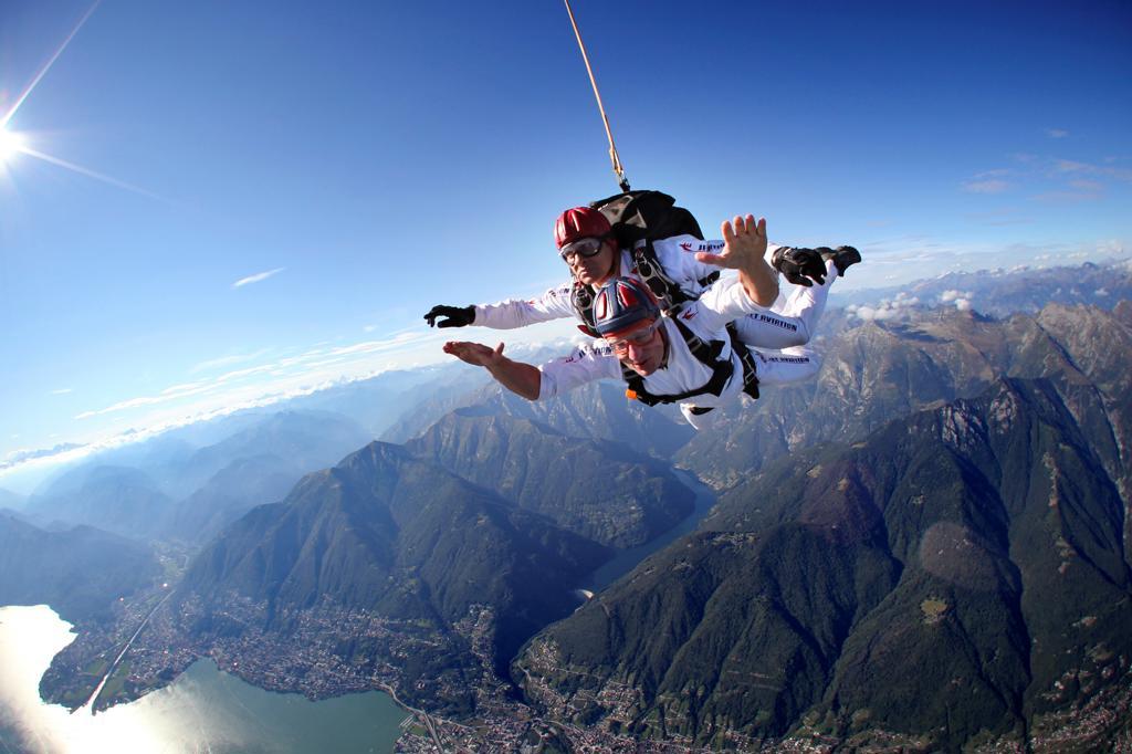 Stock Photo: 4292-145251 Switzerland, Canton Ticino, parachuting