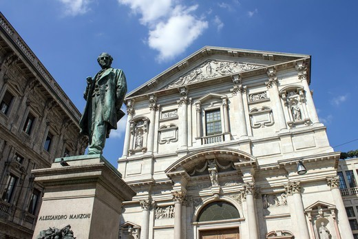 Stock Photo: 4292-145567 Italy, Lombardy, Milan, Alessandro Manzoni statue and San Fedele church