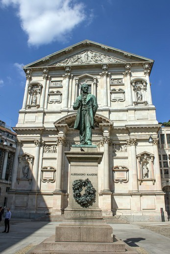 Italy, Lombardy, Milan, Alessandro Manzoni statue and San Fedele church : Stock Photo