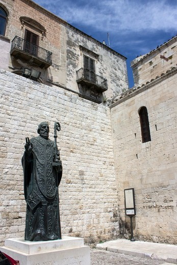 Italy, Apulia, Bari, San Nicola sculpture : Stock Photo