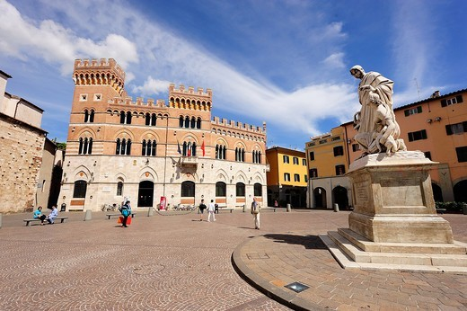 Italy, Tuscany, Grosseto, town hall, Dante square : Stock Photo