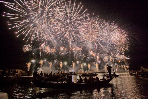 Italy, Veneto, Venice, fireworks for the Festa del Redentore : Stock Photo