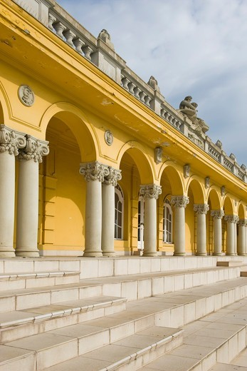 Stock Photo: 4292-154426 Hungary, Budapest, Széchenyi (Szechenyi) thermal Baths, spa and swimming pool