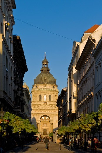Stock Photo: 4292-154503 Hungary, Budapest, St. Stephen's basilica
