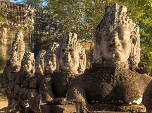 Stone Figures, Southern Entrance to Angkor Thom, Angkor. : Stock Photo