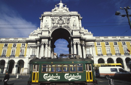 Stock Photo: 4292-16352 Portugal, Lisbon. Electricos Trams