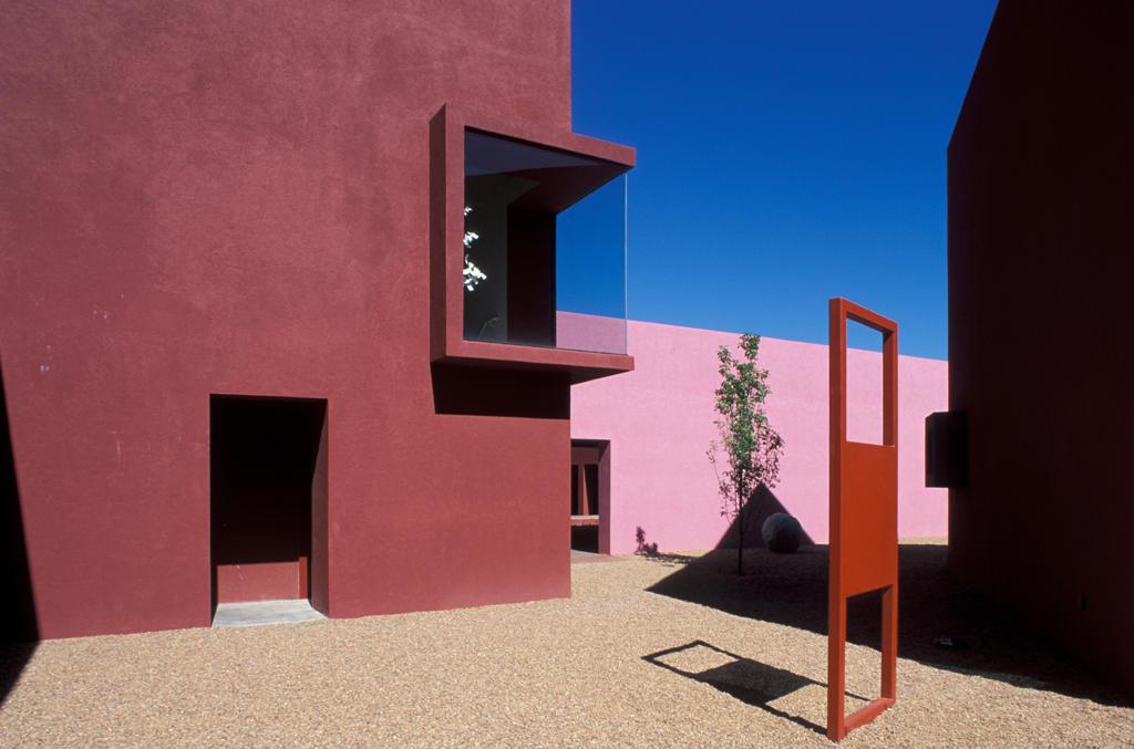 Stock Photo: 4292-17898 USA, New Mexico, Santa Fe, Art Institute of Santa Fe