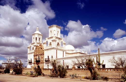 Stock Photo: 4292-19412 USA, Arizona, Tucson, St. Xavier mission