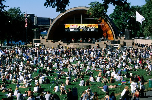 Stock Photo: 4292-19463 Usa, Massachusetts, Boston, Concert at the Hatch Shell