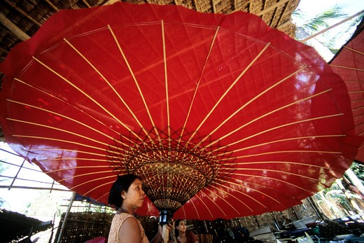 Stock Photo: 4292-20161 Burma, Myanmar, Irrawaddy (Ayeyarwady) Delta, paper umbrella factory