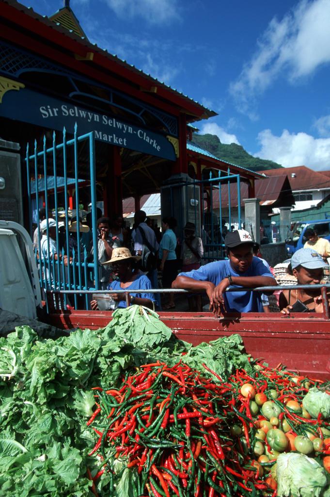Stock Photo: 4292-31003 Seychelles sunday market in Victoria