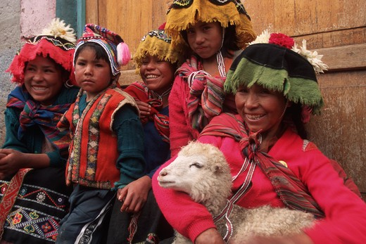 Stock Photo: 4292-31037 South America,Peru, Pisac Quechua indios children
