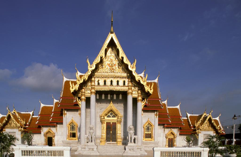 Stock Photo: 4292-32067 Thailand, Bangkok. Marble Temple Wat Benjamabopit