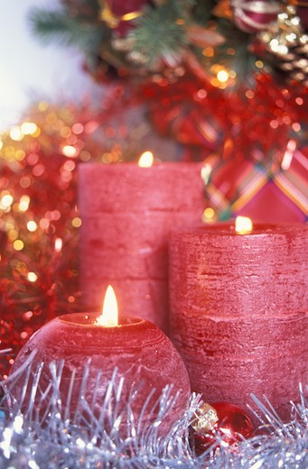 Stock Photo: 4292-32151 Candles and Christmas decorations