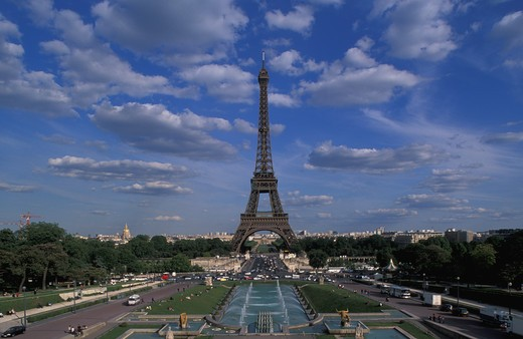 France, Paris. Eiffel Tower : Stock Photo