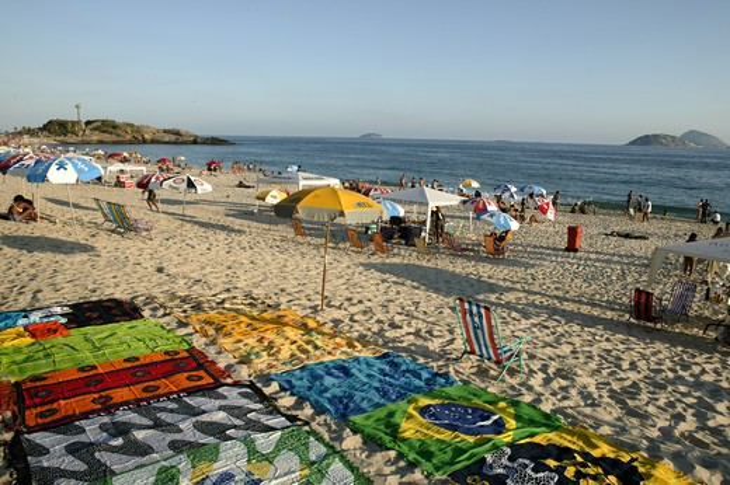 Stock Photo: 4292-34170 Brazil, Rio de Janeiro. Ipanema beach