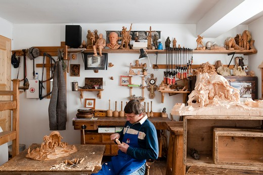 Stock Photo: 4292-3506 Italy, Trentino Alto Adige, Ortisei, artist Georg Demetz carving wood