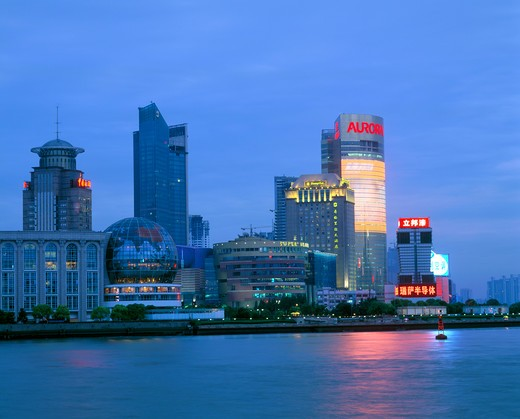 Stock Photo: 4292-36184 China, Shanghai, the skyline of Pudong district at night