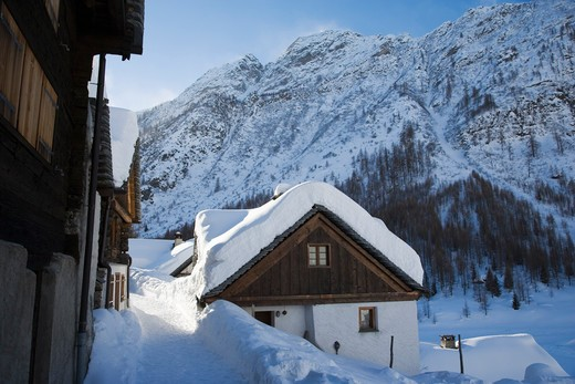Switzerland, Canton Tessin, The village of Bosco Gurin, in Maggia Valley, in winter : Stock Photo