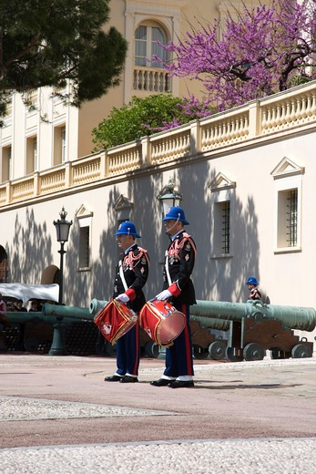 Stock Photo: 4292-36863 France, The French Riviera, Montecarlo, changing of the guard at the royal palace
