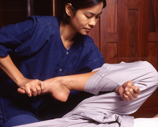 Stock Photo: 4292-39525 Thai massage
