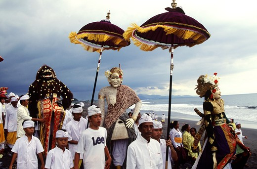 Stock Photo: 4292-40079 A cleansing ceremony, or melasti. Bali, Indonesia.