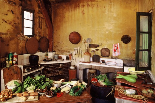 Stock Photo: 4292-42592 China, Shanghai, kitchen interior