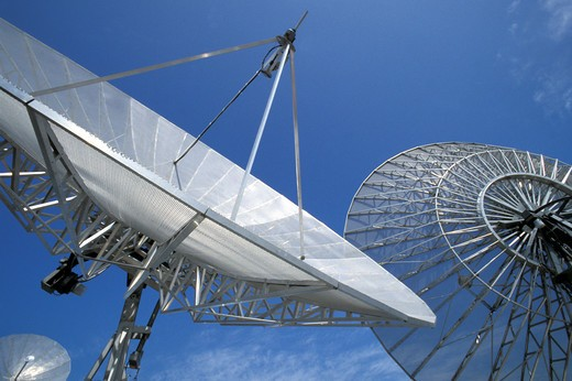 Stock Photo: 4292-44500 Satellite dish