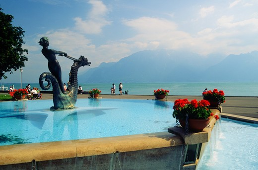 Stock Photo: 4292-44688 Switzerland, Vevey, Seahorse fountain