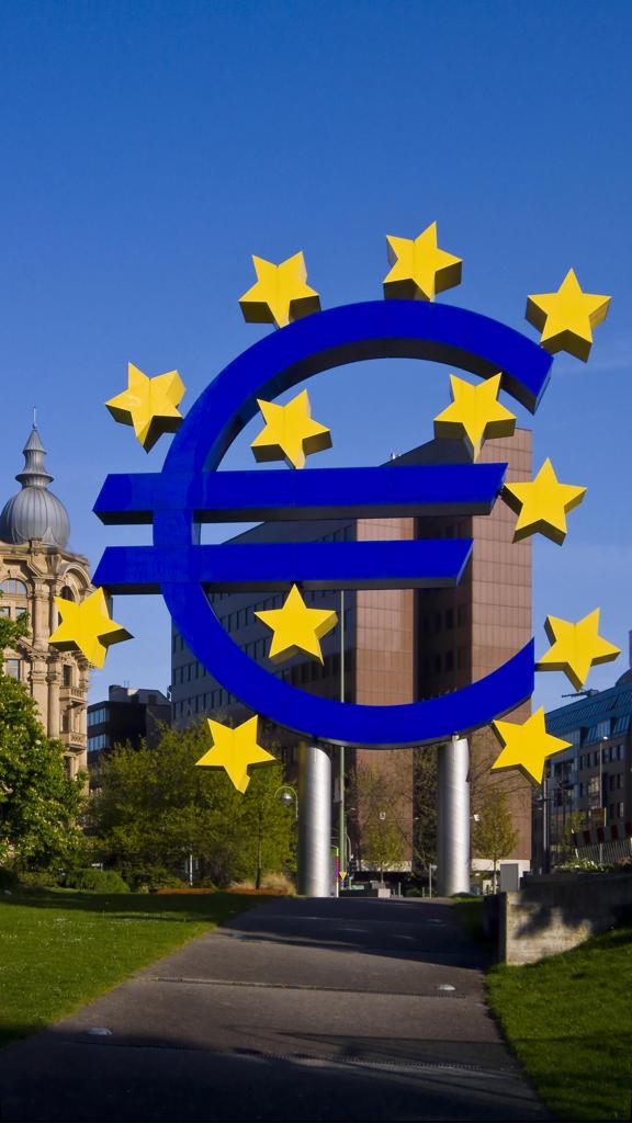 Germany, Hessen, Frankfurt on Main, Euro Sign. : Stock Photo