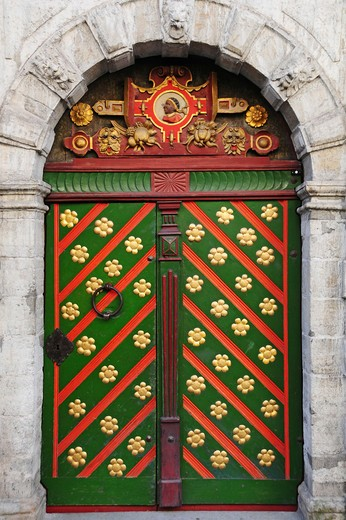 Europe, Estonia, Tallinn, the door of the House of the Brotherhood of Black Heads : Stock Photo