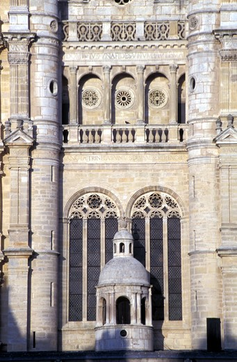 France, Burgundy, Saint Michel's Church, Dijon : Stock Photo