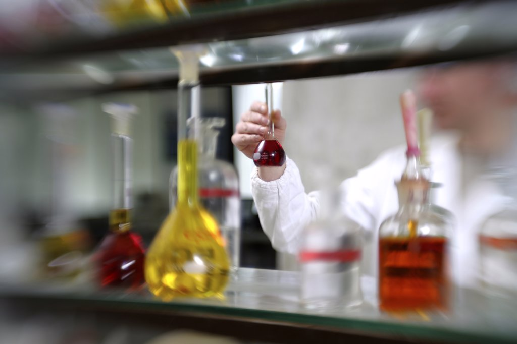 Stock Photo: 4292-59705 Worker in chemistry laboratory