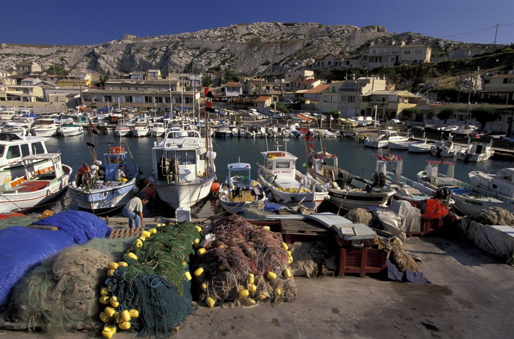 Stock Photo: 4292-61393 Marseille, the little port of Les Goudes
