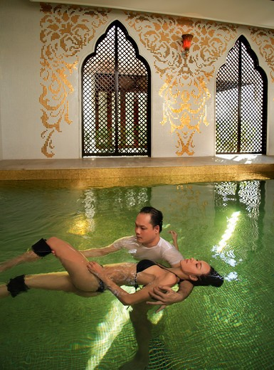 Stock Photo: 4292-6194 Watsu therapy at the Dheva Spa at Mandarin Oriental Dhara Dhevi in Chiang Mai, Thailand