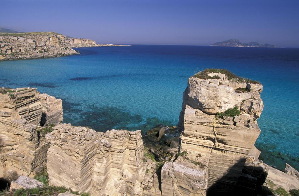 Italy, Sicily, Egadi Islands, Favignana, Cala Rossa : Stock Photo
