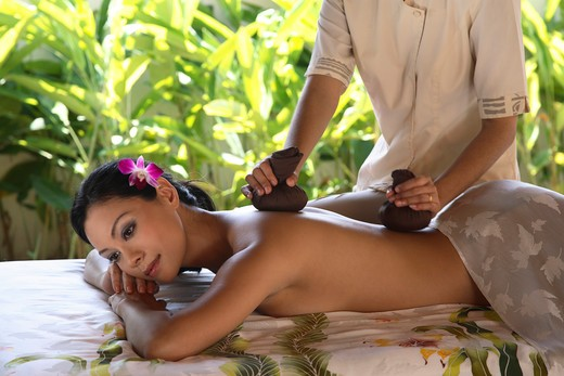 Stock Photo: 4292-6297 Herbal Compress at the Spa Village at Tanjong Jara Resort in Malaysia
