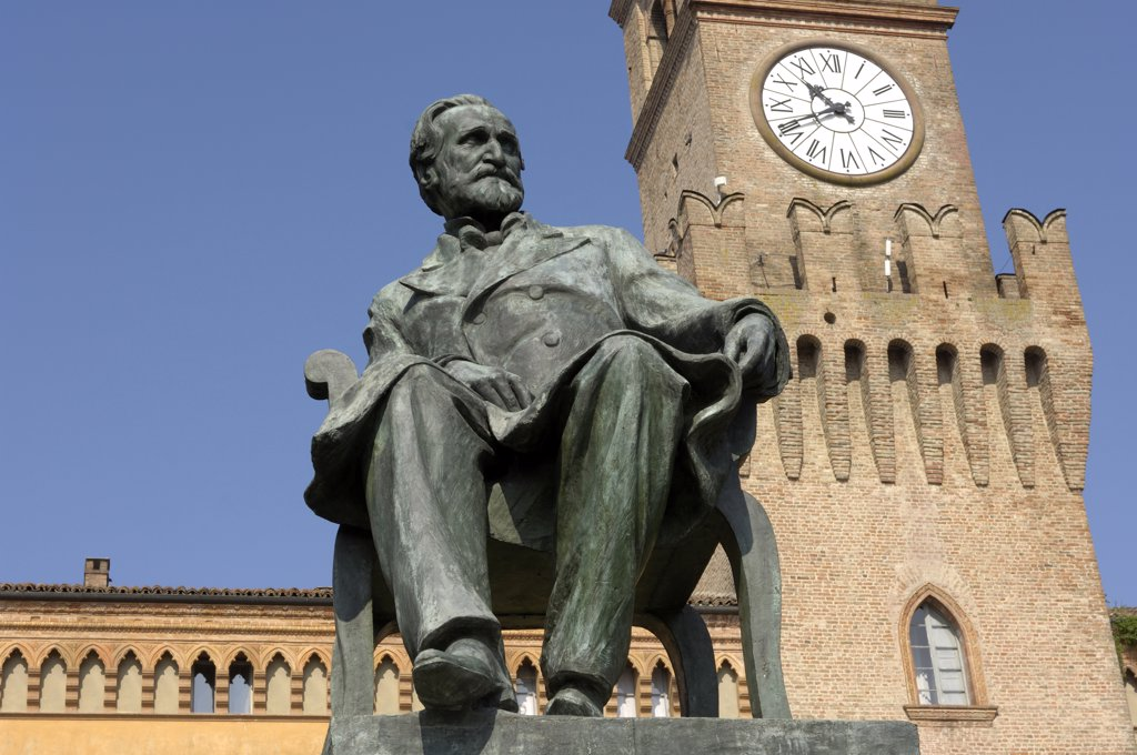 Stock Photo: 4292-63667 Italy, Emilia Romagna, Busseto, Verdi square and Giuseppe Verdi statue