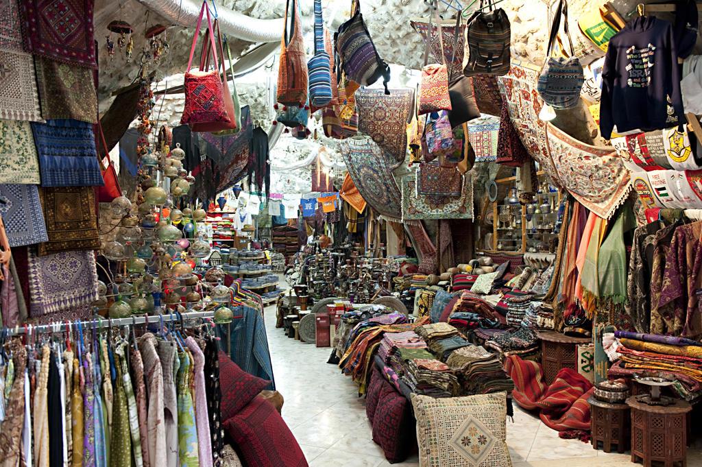 Stock Photo: 4292-64472 Israel, Jerusalem, the christian quarter souk