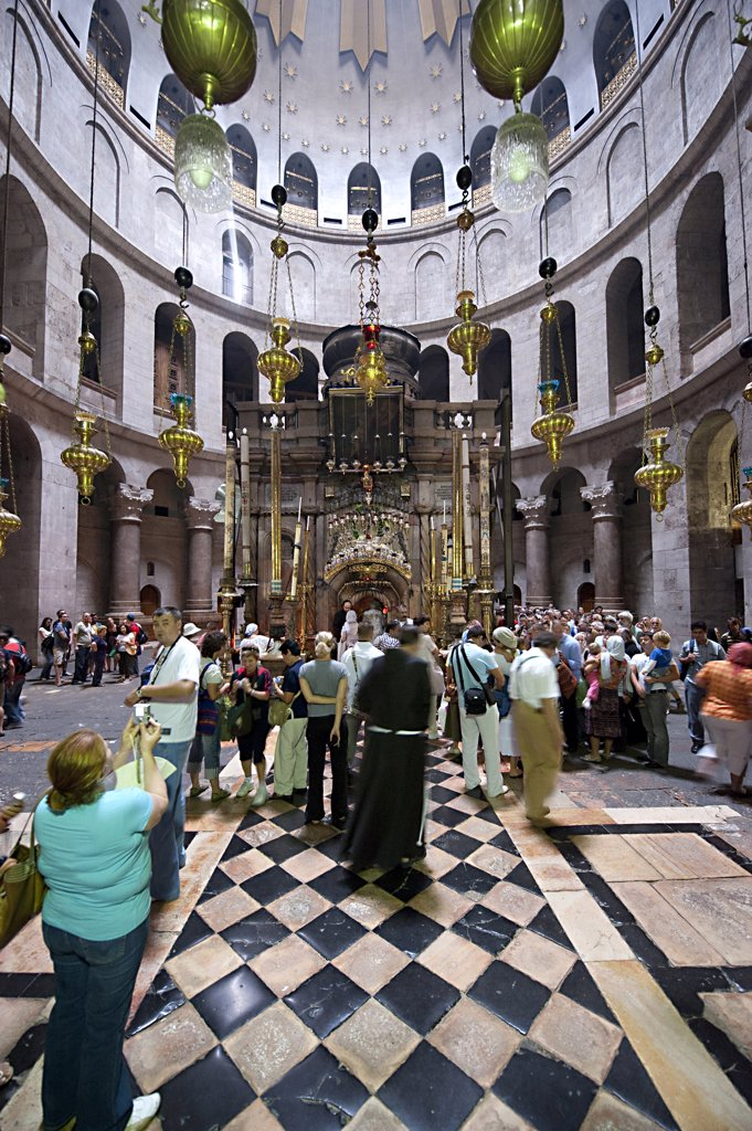 Stock Photo: 4292-64521 Israel, Jerusalem, the Stone of Unction in the Church Of The Holy Sepulchre