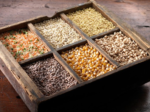 Stock Photo: 4292-67850 Assorted legumes and cereals