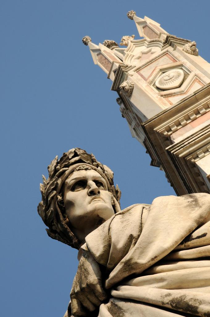 Italy, Tuscany, Florence, Santa Croce Square, Statue of Dante Alighieri. : Stock Photo