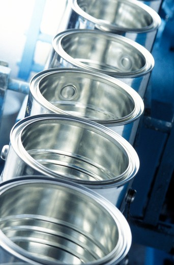 Stock Photo: 4292-72102 Cans in production line at paint factory