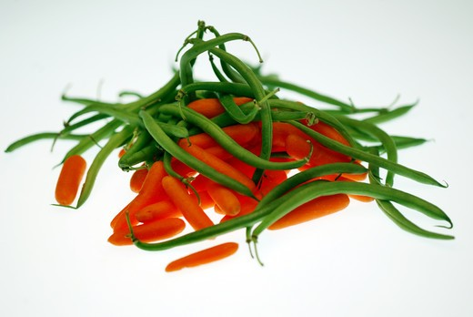 Stock Photo: 4292-73583 Green beans and carrots