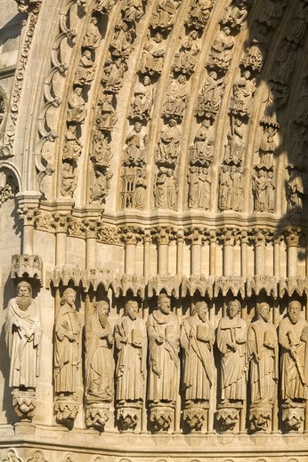 France, Picardy, Amiens, detail of the cathedral, exterior view : Stock Photo
