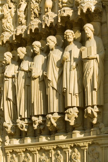 Paris, Notre Dame Cathdral, Statues of the Apostles above the Last Judgement Gate : Stock Photo