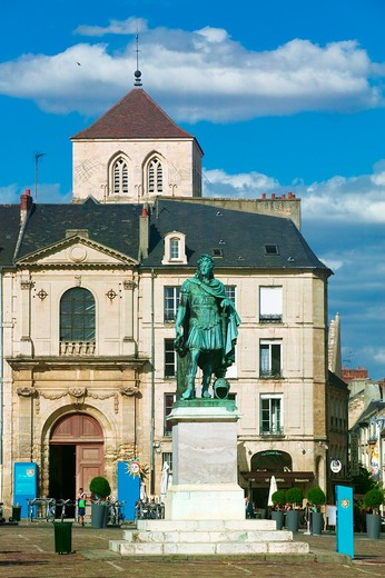 Stock Photo: 4292-84638 France, Normandy, Calvados, Caen, Saint Sauveur square