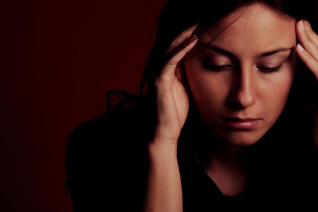 Stock Photo: 4292-85990 Woman with headache