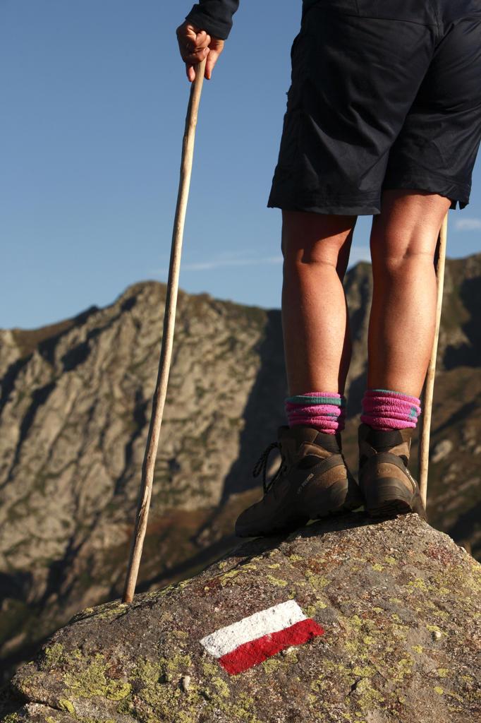 Stock Photo: 4292-86382 Mountain trekking, legs detail